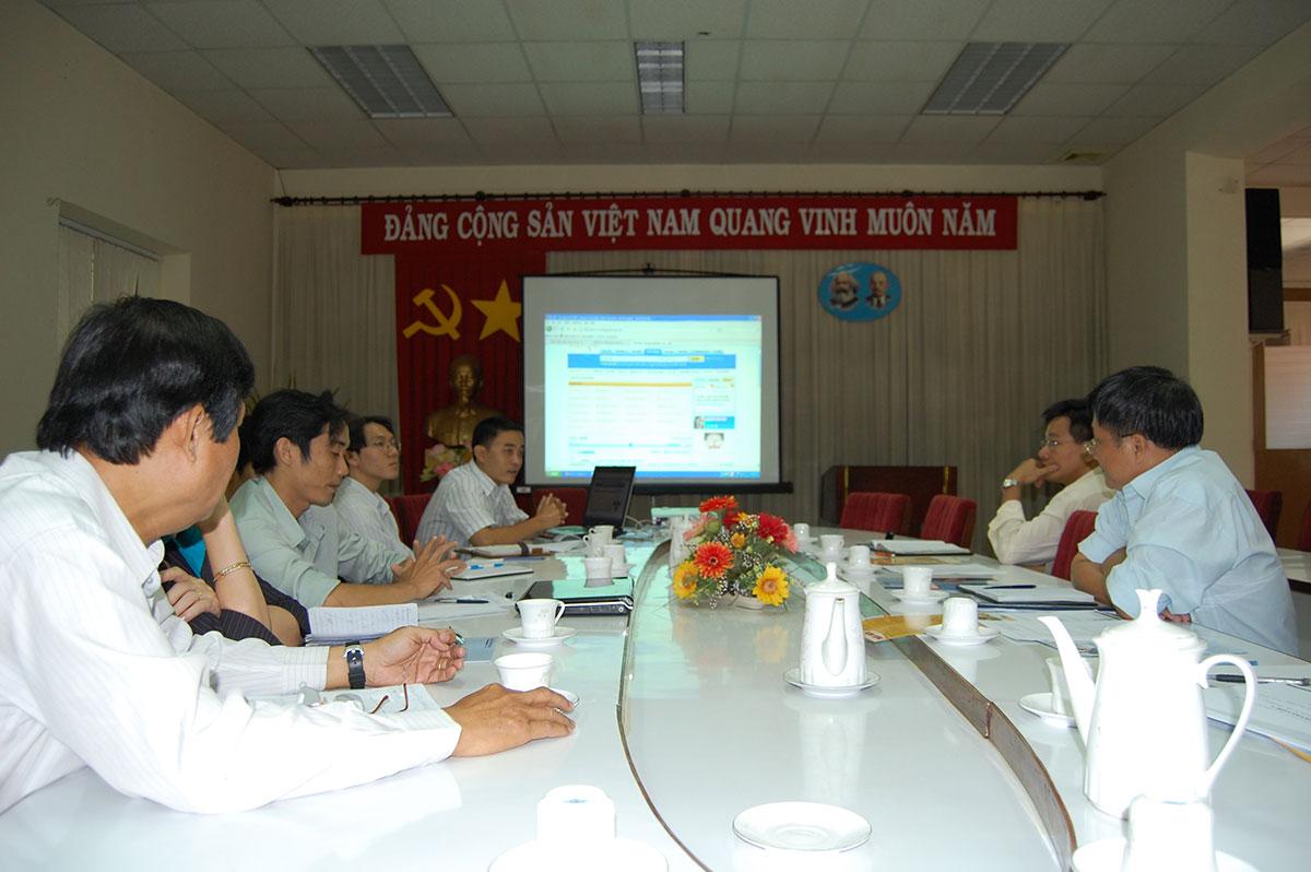 Việt AZ hợp tác xúc tiến TMĐT với Sở Công Thương Tp HCM
